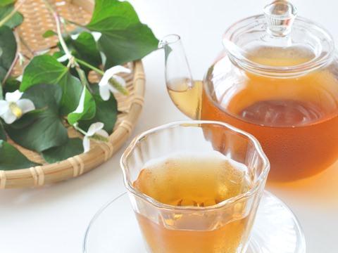 デトックス効果の高いお茶「どくだみ茶」